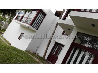 A Spacious 4 Bedroom Villa, Galle | 5 Pièces | 3WC