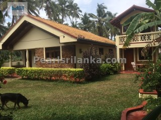 5 Bedrooms Villa in Ahangama | 5 Bedrooms | 4WC