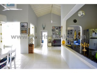 Luxury 2 Bedroom Villa within exclusive gated resort in the Galle area. | 2 Bedrooms | 2WC