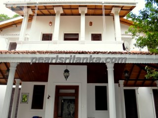 A Luxury 4 Bedroom House with Pool, Galle Area | 5 Pièces