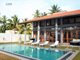 HIKKADUWA TOURIST AREA/ 5 A/C BEDROOMS VILLA WITH POOL/35 PERCHES/SQ.M 885.15 | 5 Bedrooms + 2 Interior Bedrooms | 4WC