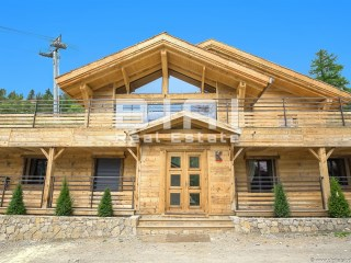 Beautiful Chalet in Isola 2000 | 8 Bedrooms | 8WC