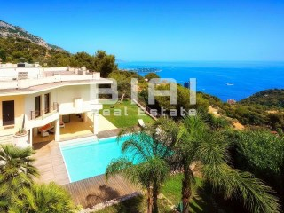 Beautiful villa overlooking the Principality of Monaco | 4 Bedrooms | 3WC