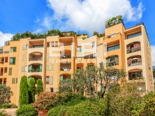 Rental flat with view on the port of Fontvieille