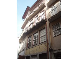 BUILDING WITH 5 FLOORS, FULLY RECOVERED in DOWNTOWN PORTO  |
