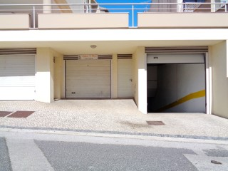 Property of bench-Garage c/17 m 2 in Buarcos-Fin. 100% |