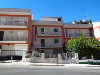 Bank property-3 bedroom villa in Vila Franca de Xira-100% Financing | 3 Bedrooms | 3WC