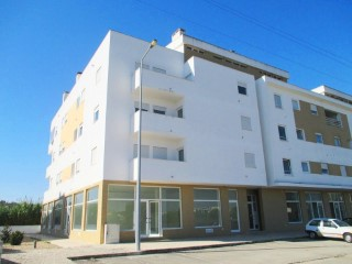 Property of Bank-shop in Rio Maior-Fin Special |