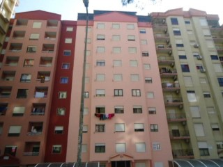Property of Bank-T2 c/100 m 2 at Tapada das merces-Fin. 100% | 2 Bedrooms | 2WC