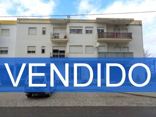 Bank building-Apartment T2 with 97m2 in Azeitão-100% Funded | 2 Bedrooms | 2WC
