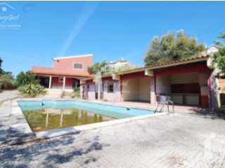 VILLA with pool in SANTARÉM-100% FINANCING-FROM 544€/MONTH | 3 Bedrooms | 5WC