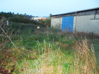 Bank property-Industrial Building with 238m2 in Santa Maria da Feira-Fin special |