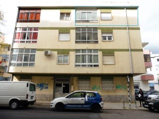 Apartment › Seixal | 3 Bedrooms | 2WC