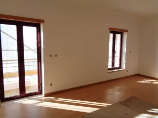 Apartment T3 new c/90 m 2 in Santo António dos Olivais-Coimbra | 3 Bedrooms | 2WC