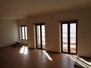 Apartment T4 new c/110 m 2 in Santo António dos Olivais-Coimbra | 4 Bedrooms | 2WC