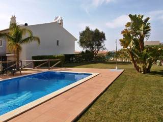 3 c/142m2 in the area of Bela Vista, Parchal-Lagoa  | 3 Bedrooms | 2WC
