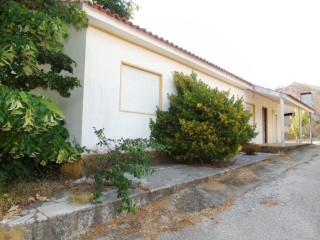 House › Tomar | 3 Bedrooms | 2WC