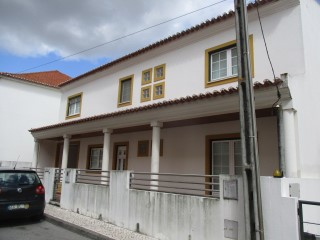 House › Coruche | 5 Bedrooms | 3WC