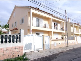 House › Seixal | 3 Bedrooms | 4WC