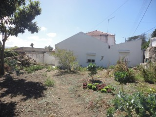 House to restore in Sintra | 1 Bedroom | 1WC