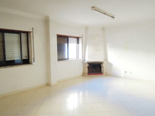 Property of Bank-Apart T2-Fin 100% | 2 Bedrooms | 1WC