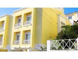 Semi-Detached House › Sintra | 4 Bedrooms | 4WC
