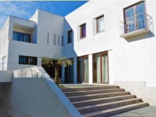 Detached House › Sintra | 3 Bedrooms | 3WC