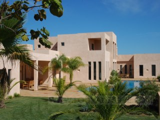 4 bedrooms villa for sale%9/12