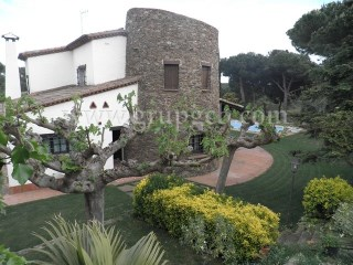 Farm › Sant Pol de Mar | 4 Bedrooms
