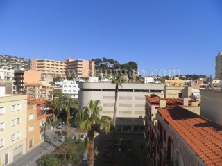 In the Centre of Lloret de Mar, close to the beach.