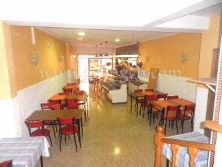 Hostal for sale in the Centre of Lloret de Mar!