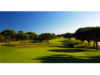 Frontline golf plot - Vilamoura |
