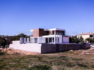Villa under construction, modern style and top quality | 4 Bedrooms + 1 Interior Bedroom | 5WC