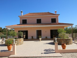 3 Bedroom Villa with pool - Torres de Apra  | 3 Bedrooms