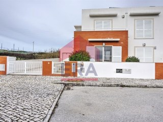 Semi-detached house, 4 bedrooms, Lourinhã, Miragaia | 4 Bedrooms | 3WC