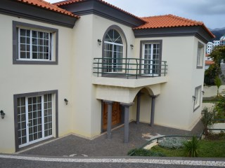 Spectacular Three Bedroom, Colonial Style House In Funchal | 3 Bedrooms | 5WC