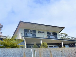 Magnificent three bedroom house with unobstructed ocean views. | 3 Bedrooms | 3WC