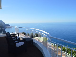 For Sale - Beautiful villa located in one of the warmest regions of Madeira, Ponta do Sol. | 3 Bedrooms | 4WC