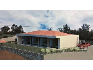 Bungalow for Sale in Calheta  | 3 Bedrooms