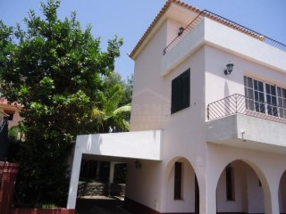 Four bedroom house located in Funchal about 15 minutes to the centre.  | 5 Pièces | 4WC