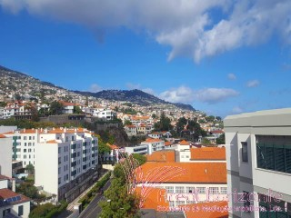 Apartamento T2+1 no centro do Funchal | T2+1 | 2WC