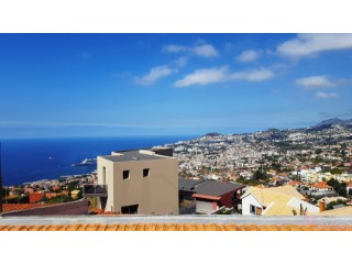 Detached House › Funchal | 3 Bedrooms | 1WC