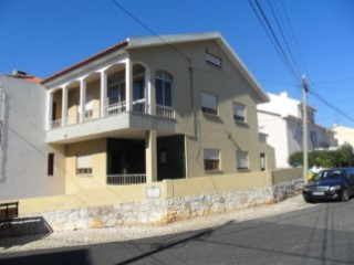 House › Cascais | 5 Bedrooms | 3WC