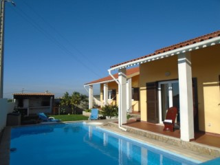 Detached House › Sintra | 5 Bedrooms | 3WC