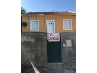 House › Odivelas | 3 Bedrooms | 1WC