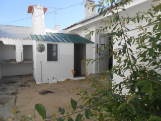 House › Benavente | 3 Bedrooms | 1WC