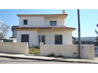 Magnificent new 5 bedrooms Villa in Milagres, Leiria | 4 Bedrooms | 3WC