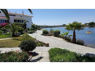 Magnificent 2+1 Bedroom Townhouse w/ an unique location in Quinta do Lago (Almancil - Algarve) - Excellent Opportunity! REDUCED!! | 3 Zimmer | 3WC