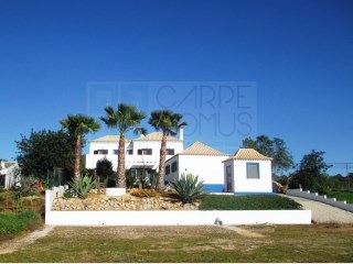 3+1 Bedroom detached house for sale in the countryside in a plot of 6.000 sqm (Tavira – Algarve) | 3 Bedrooms | 3WC