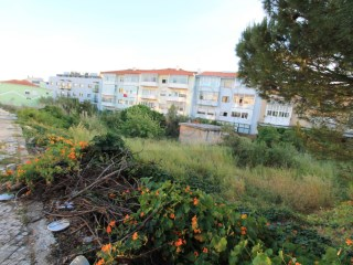 Land for sale in Algueirão, Sintra |